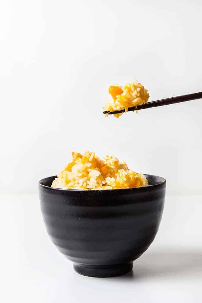 Instant Pot Kabocha Squash Rice Recipe: make simple, frugal pressure cooker Japanese pumpkin rice #instantpot #pressurecooker #rice #recipes #japanese #healthy