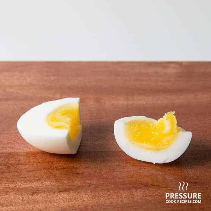 8 minutes pressure cooker perfect medium boiled egg pressurecookrecipes.com