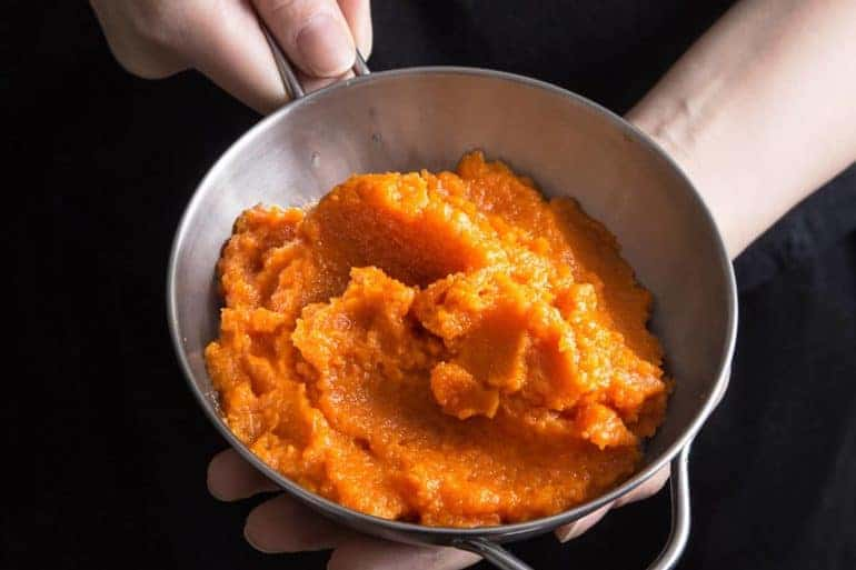 5 ingredients & 10 mins to make this simple Sweet Carrot Puree Recipe in the Pressure Cooker. This healthy & delicious carrot side dish is super easy to make!