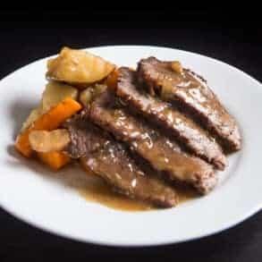 instant pot pot roast | pot roast instant pot | pot roast in instant pot | instant pot roast | instant pot pot roast recipe | easy instant pot pot roast | best instant pot pot roast #AmyJacky #InstantPot #PressureCooker #beef #recipe