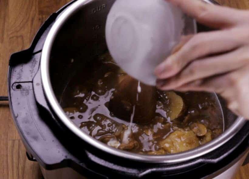 instant pot pot roast with gravy    #AmyJacky #InstantPot #PressureCooker #beef #recipe