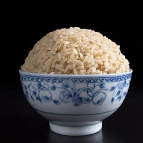 instant pot brown rice   brown rice instant pot   brown rice in instant pot   how to cook brown rice in instant pot   instapot brown rice   brown rice pressure cooker   pressure cooker brown rice #AmyJacky #InstantPot #PressureCooker #vegan #vegetarian #rice #sides