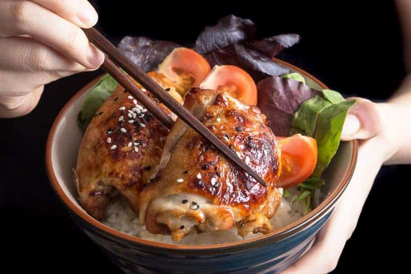 Easy One Pot Pressure Cooker Teriyaki Chicken and Rice made with sweet & savory teriyaki sauce soaked by moist & tender chicken thighs over Japanese rice!