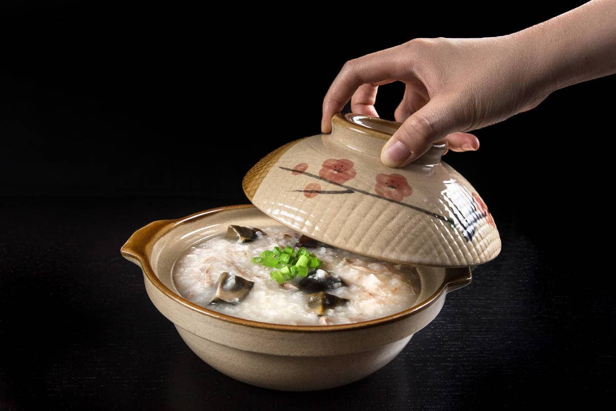 10 ingredients + 10 mins prep to make this comforting Chinese Century Egg & Pork Congee in Pressure Cooker Recipe 皮蛋瘦肉粥! Creamy rice porridge with moist shredded pork plus chewy century eggs. Easy & healthy one pot meal that is sooo satisfying to eat!