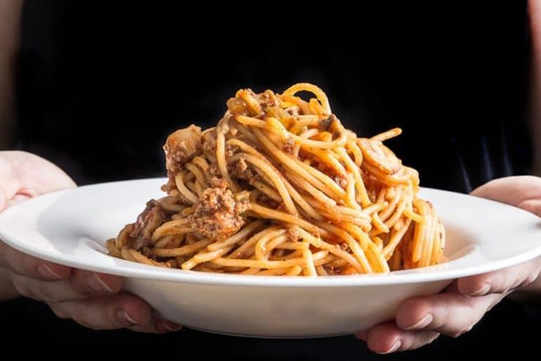 Instant Pot Spaghetti | Instant Pot Spaghetti Bolognese | Pressure Cooker Spaghetti | Pressure Cooker Spaghetti Bolognese | Instant Pot Pasta | Pressure Cooker Pasta | Instant Pot Recipes | One Pot Meals | Meat Sauce #instantpot #pressurecooker #recipes #easydinner #dinner