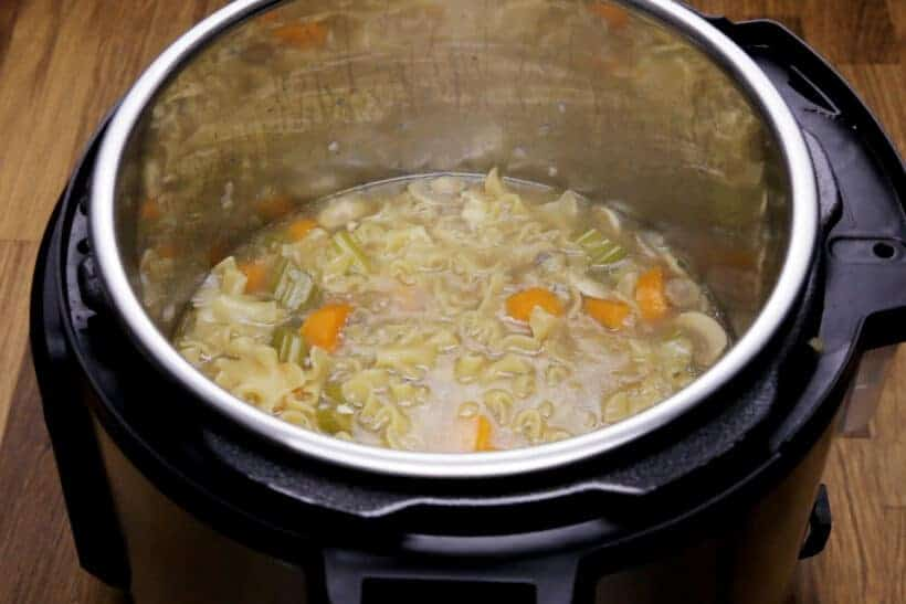 cook wide egg noodles in Instant Pot #AmyJacky #InstantPot #PressureCooker #recipe #chicken #noodles #soup