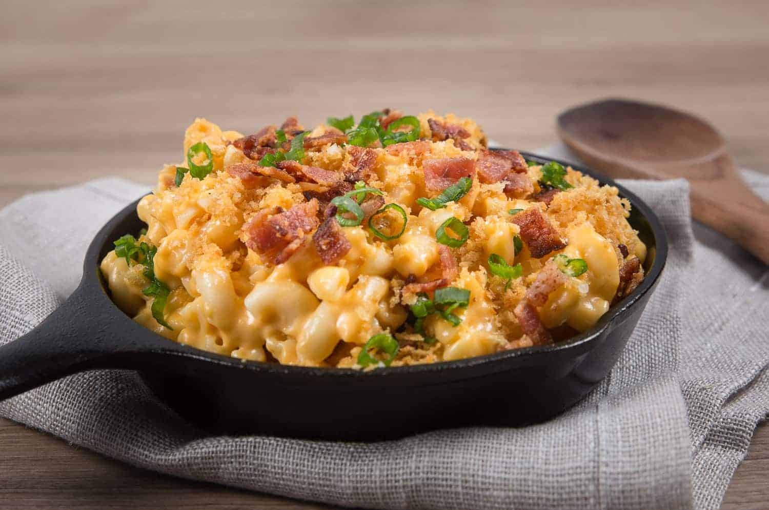 Loaded Instant Pot Mac and Cheese