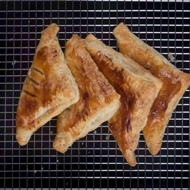Instant Pot Christmas Recipes: Easy Apple Turnovers
