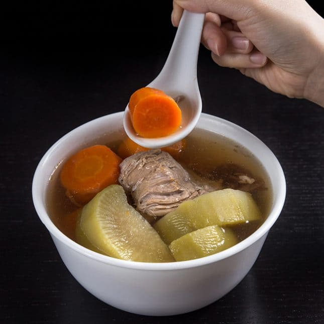 Pressure Cooker Chinese Recipes: Pressure Cooker Pork Shank Carrots Soup