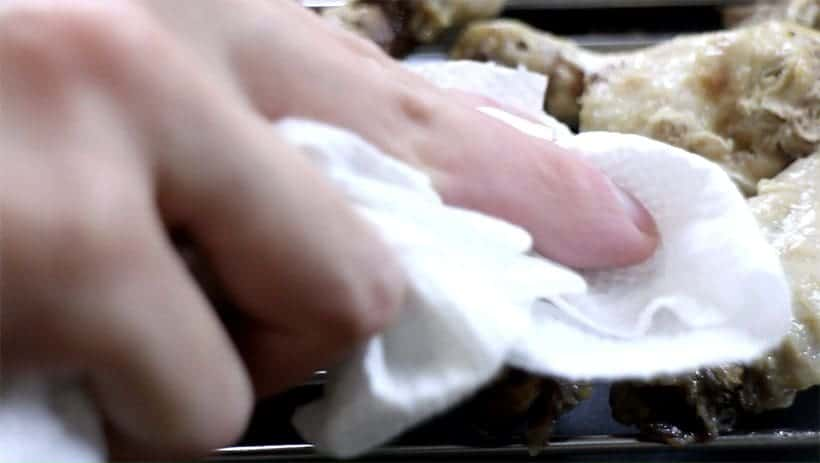 pat dry the pressure cooker chicken wings with paper towel