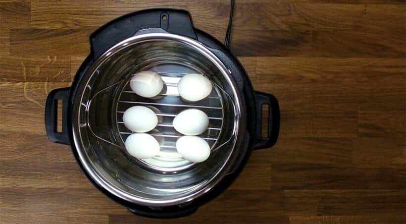 Cooking hard boiled eggs in Instant Pot #AmyJacky #InstantPot #PressureCooker #healthy #recipes