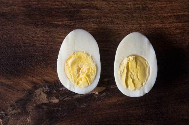 Instant Pot Hard Boiled Eggs #AmyJacky #InstantPot #PressureCooker #healthy #recipes #breakfast #paleo #GlutenFree