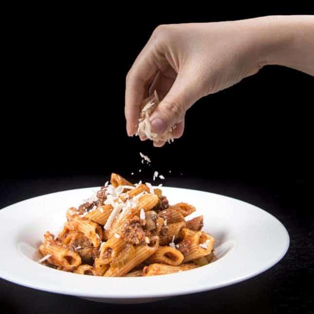 Best Pressure Cooker Recipes (Best Instant Pot Recipes): Instant Pot Pasta Bolognese Recipe (Pressure Cooker Pasta Bolognese Recipe)