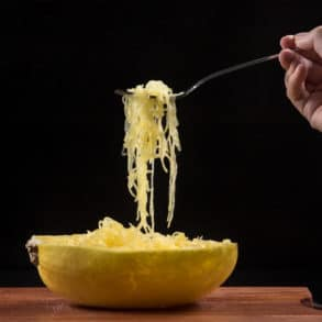instant pot spaghetti squash | spaghetti squash instant pot | spaghetti squash in instant pot | instant pot spaghetti squash recipes | how to cook spaghetti squash in instant pot | spaghetti squash pressure cooker | pressure cooker spaghetti squash | how long to cook spaghetti squash in instant pot #AmyJacky #InstantPot #PressureCooker #recipe #vegan #GlutenFree #LowCarb #healthy