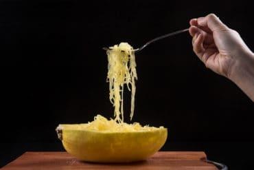 instant pot spaghetti squash | spaghetti squash instant pot | spaghetti squash in instant pot | instant pot spaghetti squash recipes | how to cook spaghetti squash in instant pot | spaghetti squash pressure cooker | pressure cooker spaghetti squash | how long to cook spaghetti squash in instant pot #AmyJacky #InstantPot #PressureCooker #recipe #vegan #GlutenFree #LowCarb #healthy