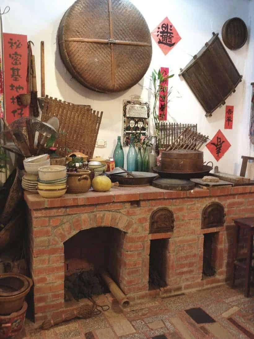 Old fashion kitchen and stove in Taiwan