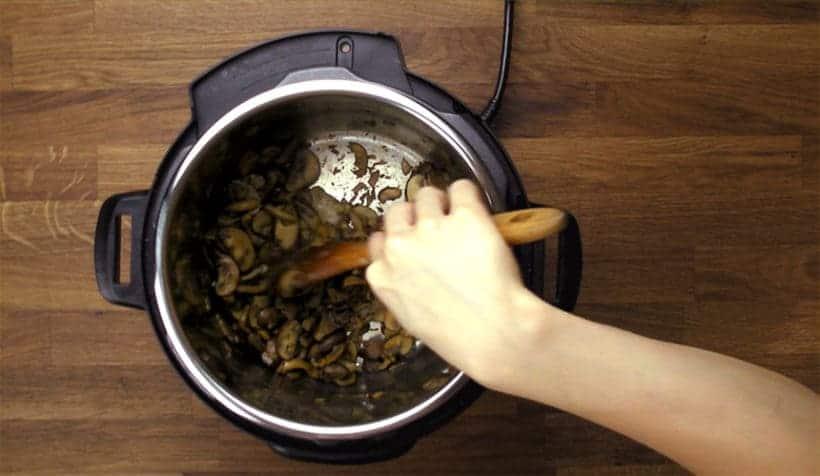 Instant Pot Mushroom Risotto Recipe (Pressure Cooker Mushroom Risotto): saute mushrooms