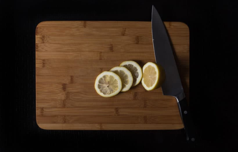 Instant Pot Lemon Chicken Recipe (Pressure Cooker Lemon Chicken): slice half the lemon and juice the remaining half