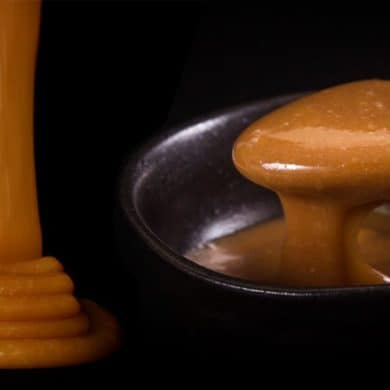 Instant Pot Dulce De Leche Recipe (Pressure Cooker Dulce De Leche): how to make Dulce De Leche (sweetened condensed milk caramel). Silky smooth, deeply caramelized dangerous indulgence. No can, no jar method. 2-ingredient super easy to make. Makes perfect DIY Christmas gifts.