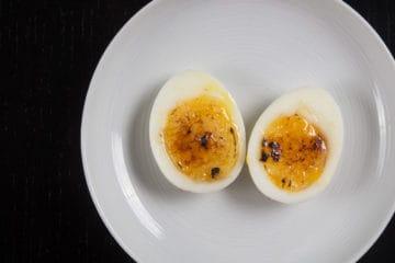 Instant Pot Egg Brûlée Recipe (Pressure Cooker Egg Brûlée): Make this 3-ingredient Egg Brulee to impress your guests! Simple yet fancy soft boiled egg hor d'oeuvres or appetizer. Perfect for holiday potlucks or parties!