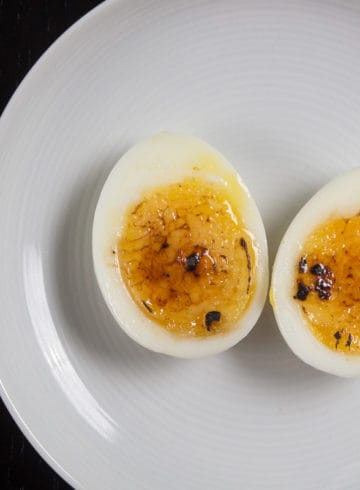 Instant Pot Egg Brûlée Recipe (Pressure Cooker Egg Brûlée): Make this 3-ingredient Egg Brulee to impress your guests! Simple yet fancy soft boiled egg hor d'oeuvres or appetizer. Perfect for holiday potlucks or parties!