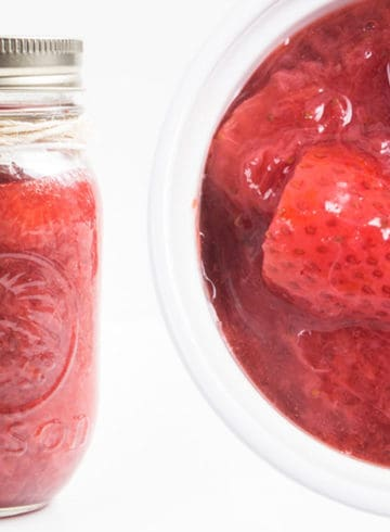 How to make Instant Pot Strawberry Compote Recipe (Pressure Cooker Strawberry Compote): Luscious Sweet 6-ingredient Strawberry Sauce will have you licking your spoons. Great topping for cheesecake or breakfast.