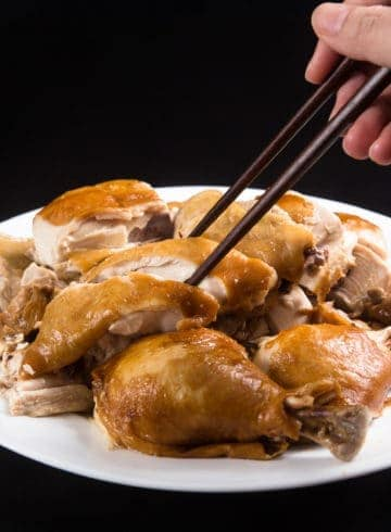 Instant Pot Soy Sauce Chicken Recipe (Pressure Cooker Soy Sauce Chicken 豉油雞, 醬油雞): Make this Classic Soy Sauce Chicken Recipe at home in 3 easy steps! Tender and juicy whole chicken packed with delicious flavors and aroma. #instantpot #instapot #pressurecooker #instantpotrecipes #recipes #chickenrecipes #chineserecipes