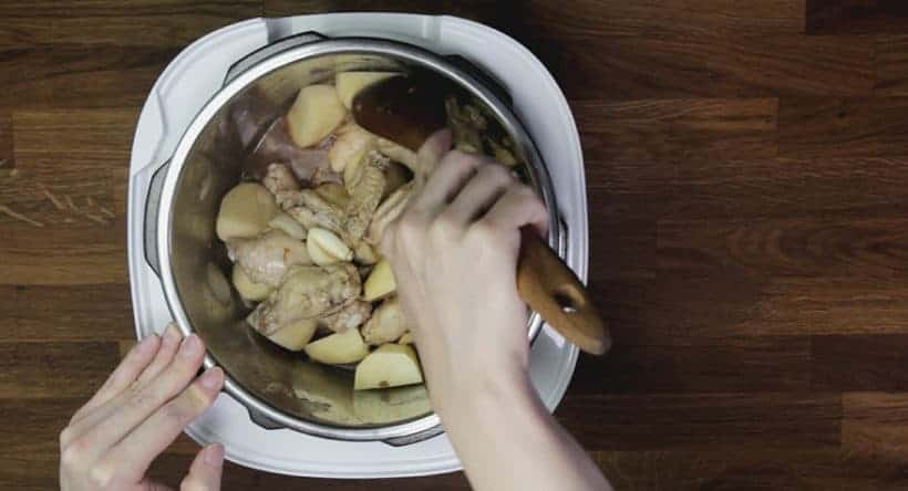 Instant Pot HK Braised Chicken with Potatoes Recipe 薯仔炆雞翼 (Pressure Cooker HK Braised Chicken with Potatoes): saute quartered potatoes in Instant Pot Pressure Cooker