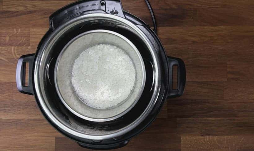 Instant Pot Mango Sticky Rice Recipe (Pressure Cooker Thai Mango Sticky Rice): use pot in pot method to pressure cook glutinous rice in Instant Pot Pressure Cooker