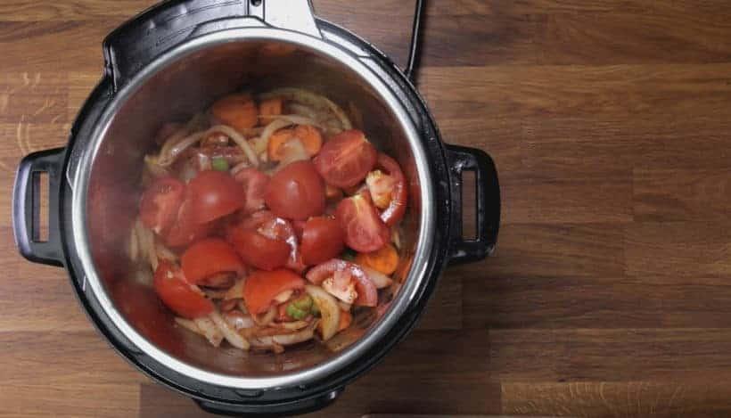 Instant Pot HK Borscht Soup: add quartered tomatoes in Instant Pot Pressure Cooker