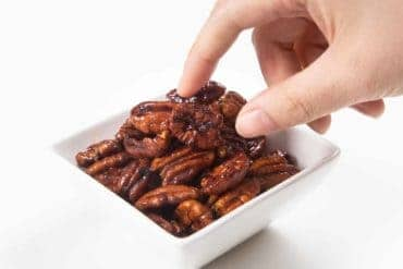 Instant Pot Firecracker Candied Pecans | Pressure Cooker Firecracker Candied Pecans | Instant Pot Snacks | Candied Pecans | Glazed Pecans | Spiced Pecans | How to make Candied Pecans | Nuts | Christmas Gifts | Homemade Gifts | Holiday Gifts | Food Gifts