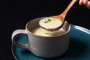 Instant Pot Potato Leek Soup | Pressure Cooker Potato Leek Soup | Instant Pot Leek Potato Soup | Instant Pot Potato Soup | Instant Pot Soup | Vegetarian Recipes | Healthy Instant Pot Recipes