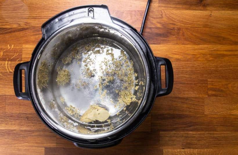 Instant Pot Chicken Breast | Instapot Chicken Breast | Pressure Cooker Chicken Breast: add spice and salt in Instant Pot Pressure Cooker
