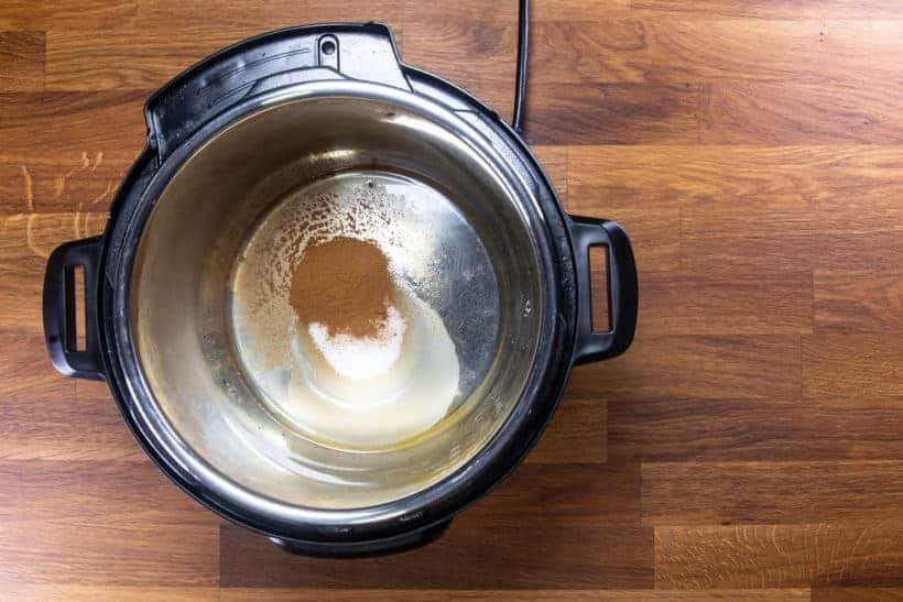 Instant Pot Churro Almonds | Cinnamon Candied Almonds | Caramelized Almonds Recipe: add cinnamon, sugar, vanilla extract, salt in Instant Pot