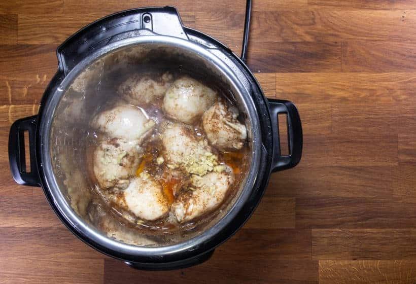 Instant Pot Chicken Tacos | Pressure Cooker Chicken Tacos: pressure cooked chicken in taco chili sauce