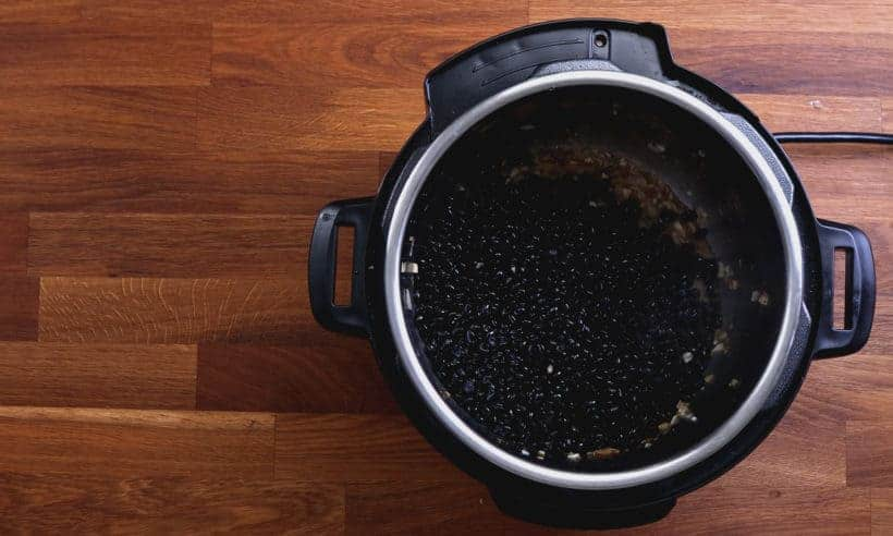 How to cook black beans in Instant Pot #AmyJacky #InstantPot #recipes #healthy #vegetarian