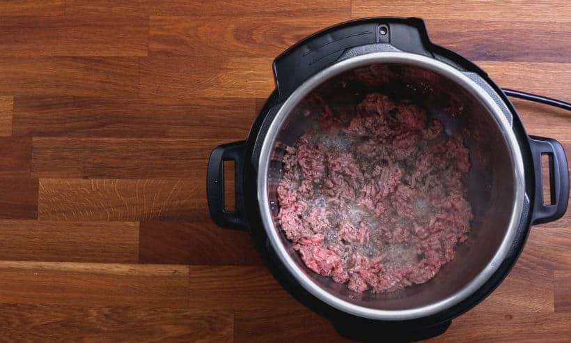 Instant Pot Spaghetti | Instant Pot Ground Beef: discard ground beef juice from Instant Pot Pressure Cooker #AmyJacky #InstantPot #PressureCooker #recipe