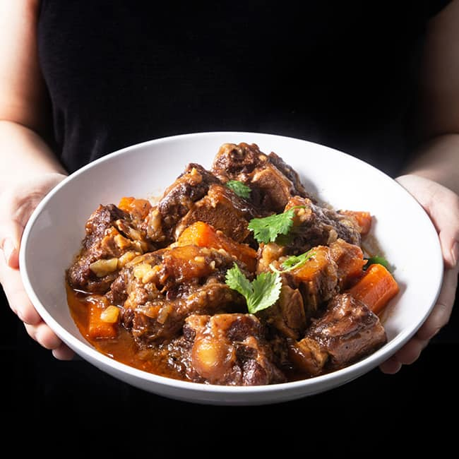 Instant Pot Oxtail #AmyJacky #InstantPot #recipes #PressureCooker