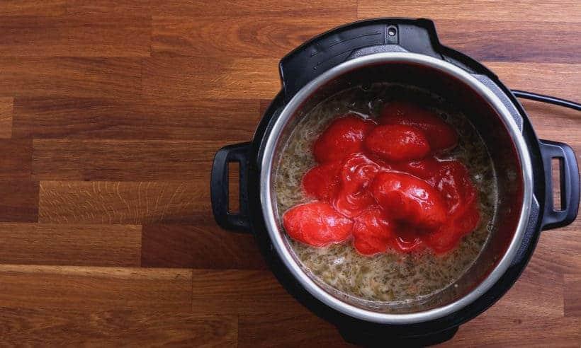 Pressure Cooker Spaghetti | Marinara Recipe: pressure cook spaghetti in marinara sauce in Instant Pot Pressure Cooker #AmyJacky #InstantPot #PressureCooker #recipe #easy