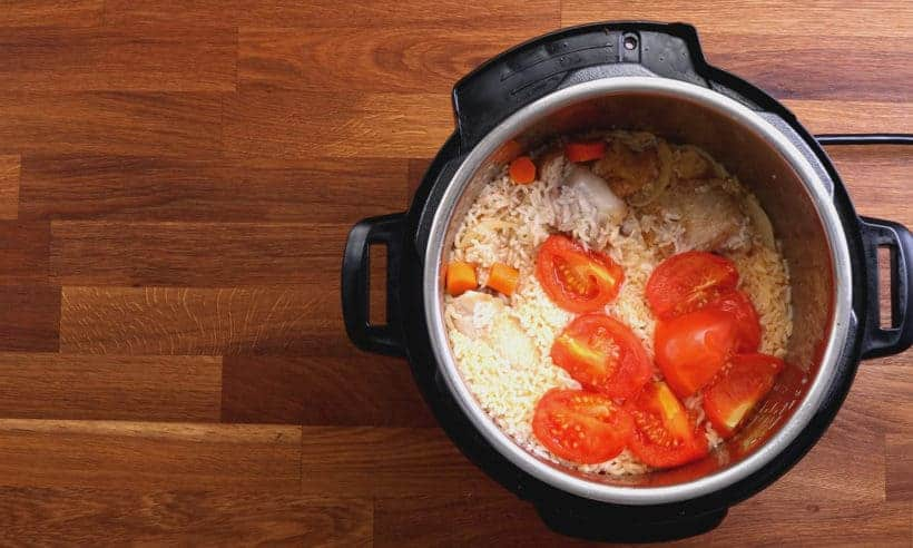 Instant Pot Chicken and Rice | Pressure Cooker Chicken Rice Recipe: release remaining pressure and open lid  #AmyJacky #InstantPot #PressureCooker #recipe #chicken #rice