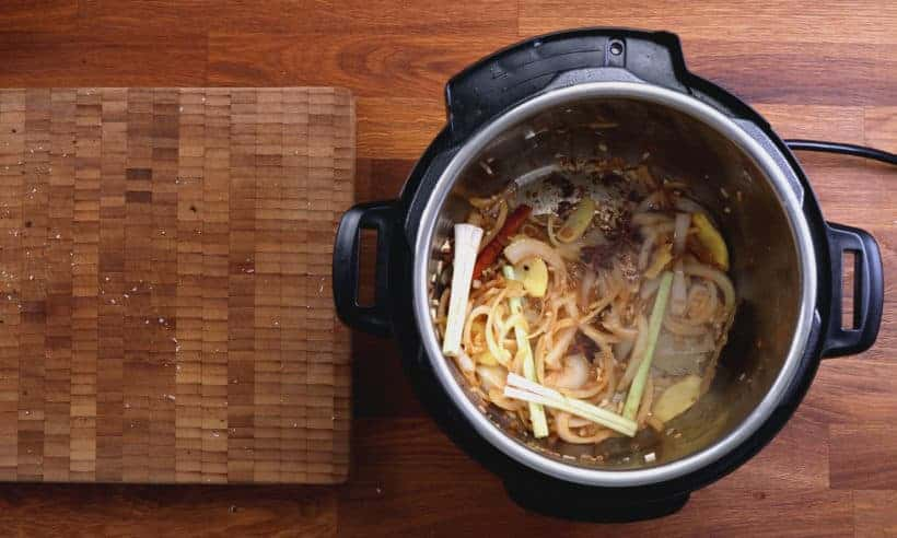 How to make Bo Kho in Instant Pot: saute aromatics, spices in Instant Pot Pressure Cooker #AmyJacky #InstantPot #PressureCooker #beef #asian #recipes