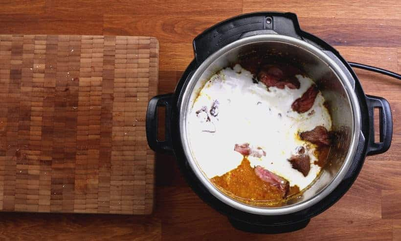 Indonesian Rendang Curry: layer thick coconut cream on top of beef curry in Instant Pot #AmyJacky #InstantPot #PressureCooker #recipe #asian
