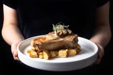 instant pot pork chops   pressure cooker pork chops   mushroom pork chops   pork chops with mushroom sauce   pork chop instant pot recipes   pork chop dinner   perfect pork chops   easy pork chops   best way to cook pork chops   juicy pork chops   instant pot pork recipes #AmyJacky #InstantPot #PressureCooker #recipes #easy #pork