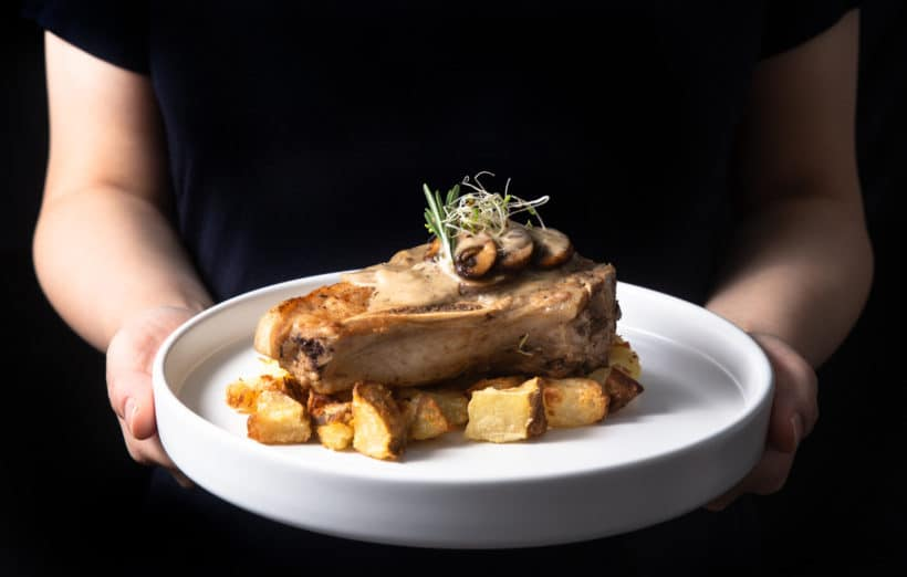 instant pot pork chops | pressure cooker pork chops | mushroom pork chops | pork chops with mushroom sauce | pork chop instant pot recipes | pork chop dinner | perfect pork chops | easy pork chops | best way to cook pork chops | juicy pork chops | instant pot pork recipes #AmyJacky #InstantPot #PressureCooker #recipes #easy #pork