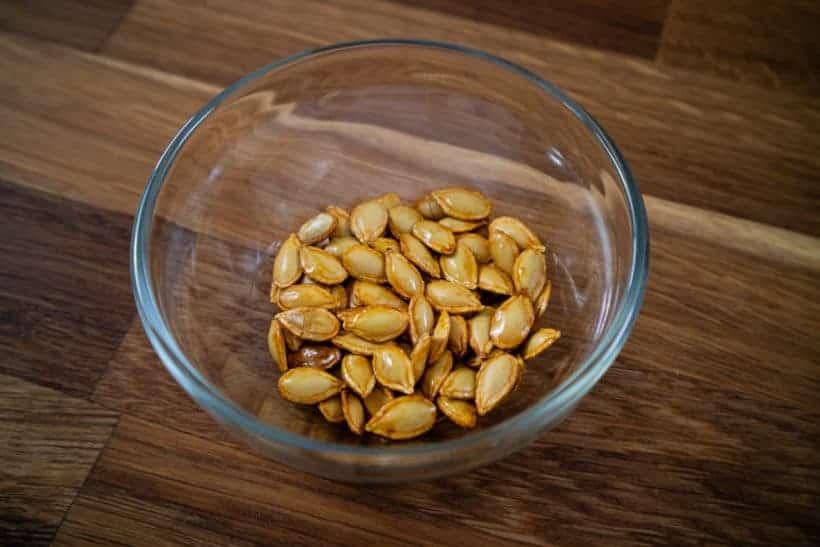 Roasted Butternut Squash Seeds #AmyJacky #recipe #snack #vegetarian #healthy
