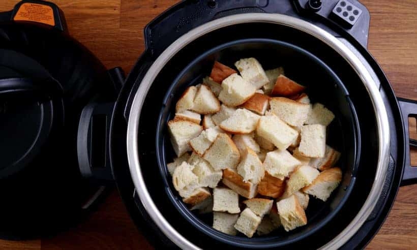 Dry french bread in Instant Pot Duo Crisp Air Fryer Pressure Cooker    #AmyJacky #InstantPot #PressureCooker #sides #christmas #recipes