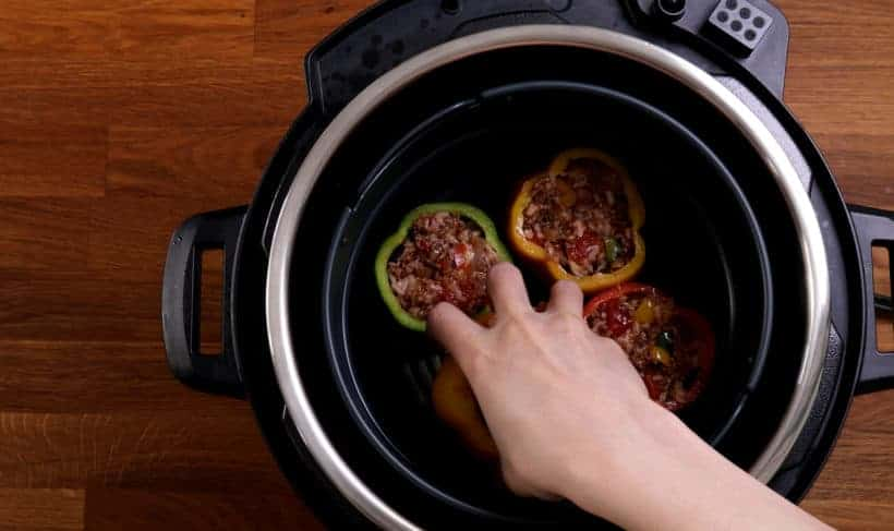 pressure cooker stuffed peppers #AmyJacky #InstantPot #PressureCooker #recipe #beef #GroundBeef #rice