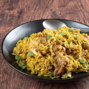 instant pot chicken biryani   chicken biryani instant pot   chicken biryani recipe   instant pot biryani   pressure cooker chicken biryani   pressure cooker biryani #AmyJacky #InstantPot #PressureCooker #recipe #indian #asian #rice