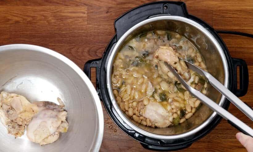 white chicken chili in pressure cooker #AmyJacky #InstantPot #PressureCooker #recipe #chicken