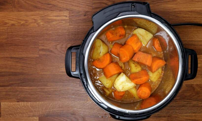 Pressure Cooker Chicken Curry #AmyJacky #InstantPot #PressureCooker #chicken #recipe